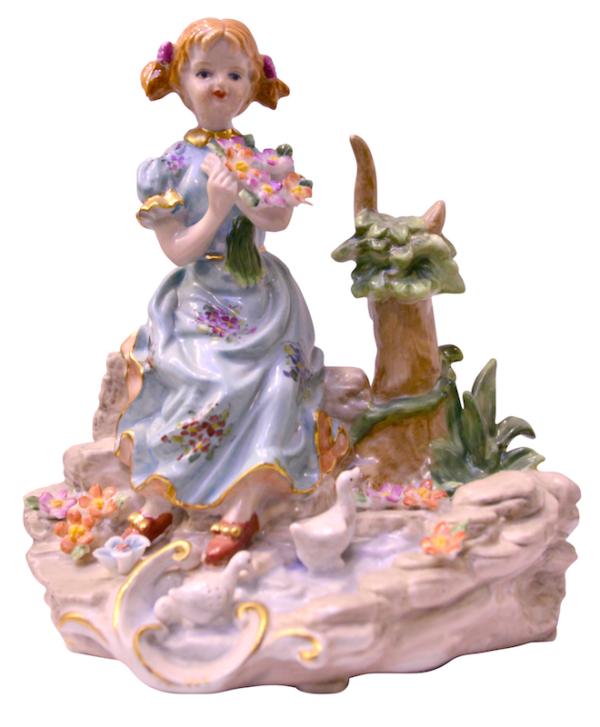 276_ninya-sentada-con-flores_meissen_figura-porcelana-policromada_20x18x10_dsc6295